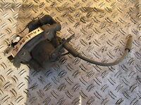 Audi A4 B5, Bremssattel v/r