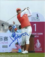 LPGA GOLFER SHANSHAN FENG HAND SIGNED 8X10 PHOTO W/COA CHINA