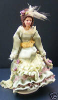 1:12 Scale Victorian Lady In A Green Dress Dolls House Miniature B