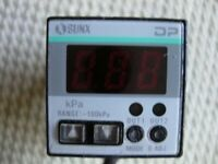 Sunx DP-20 Digital Pressure Sensor 24V DC Gauge Readout