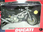 MOTO DUCATI MONSTER S4 NOIRE /NEW RAY 1/12