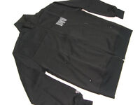 DVS SHOE COMPANY 100% POLYESTER  TRACK TOP  BLACK  SIZE  LARGE MADE IN KOREA