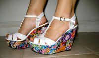 Steve Madden Patent floral Pumps White wedges wildd FASHION cocktail pool party