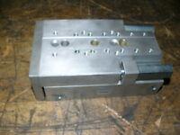 Festo Minischlitten SLT-25-80-P-A