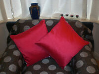 Stylish Cushion 45cm x 45cm Vibrant Pink with Inner Pad Bedroom Living room NEW