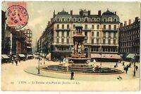 CPA 69 Rhône Lyon La Fontaine et la Place des Jacobins animé