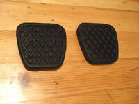 (Pair) Rover 200 25 45 Clutch Brake Pedal Rubbers Pads x2