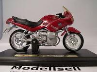 moto BMW R1100RS in 1:18 von Maisto Modèle sur plaque de base