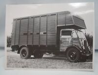 P.HOPE GRENDON NORTHAMPTONSHIRE LORRY PHOTOGRAPH Guy Motors Wolverhampton c.1955