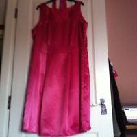 BN Stunning Baby Pink Dress Size 16