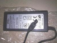 WESTERN DIGITAL Essential USB 2.0 WD800B014 WDXUL800BB AC ADAPTER 12V 3A