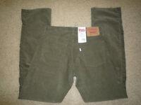 NWT-LEVI'S 514 Slim Straight Men's Corduroy Pant Sz 30x32 $54