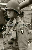 WW2 Picture Photo US 506th PIR Infantry Regiment 101 Airborne Soldier 2543