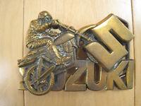 BRASS!! 1980 vintage SUZUKI dirt bike BELT BUCKLE MOTORCYCLE nos 80s LOOK!!
