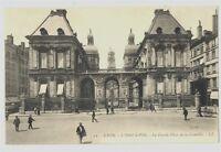CPA 69 Rhône lyon Hôtel de ville place de la Comédie animé