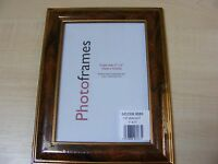 "7 x 5 "" SMALL WALNUT EFFECT WOODEN PICTURE PHOTO FRAME WITH GLASS HANG OR STAND"