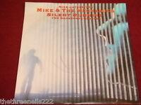 "VINYL 7"" SINGLE - MIKE & THE MECHANICS - SILENT RUNNING - U8908"