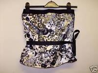 black and cream lace pattern corset style top black tie size 10 (RJJ13.16)