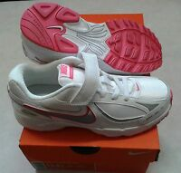 NIKE INCINERATE TRAINERS VELCRO WHITE/PINK KIDS SIZES 11 TO 2.5  BNIB