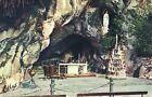 65 - cpa - LOURDES - La Grotte miraculeuse