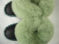 Warme HAUSSCHUHE Gr.19 NEU, Schaffell/-leder (Made in Poland 10.06.01.25)
