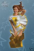 DC Direct Women of the DCU: Shazam! Mary Marvel Mini-Bust  1945/3100