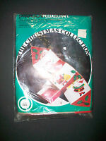 1978 Unopened Paragon NeedleCraft Christmas Collection Santa's Mail Holder Wall
