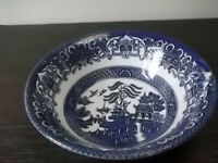 BLUE AND WHITE WILLOW PATTERN DESSERT BOWL BY ENGLISH IRONSTONE TABLEWARE