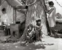 MOTHERLESS MIGRANT CHILDREN 8X10 PHOTO DEPRESSION ERA