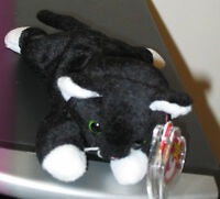 Ty Beanie Baby ~ ZIP the Black Cat ~ MINT with MINT TAGS ~ RETIRED