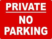 PRIVATE NO PARKING SIGN 40cmx30cm EXTRA THICK RIGID 5mm PLASTIC ROUNDED CORNERS
