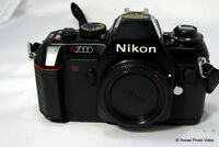 Nikon N2000 Camera body only 35mm Manual focus film SLR vintage