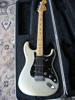 1979 Fender Stratocaster 25th Anniversary electric guitar SILVER rare vintage