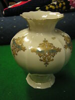 "Outstanding Vintage  LENOX Catalan 7"" Vase ....Made in  USA...Retired.......SALE"