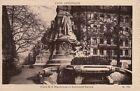 69 - cpa - LYON - Place de la République. Monmnt Carnot