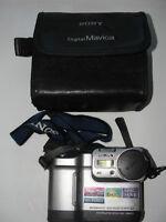 SONY Digital Mavica,Still Camera,MVC-FD83,WITH CASE&STRAP,WORKS ,NEED BATTERY