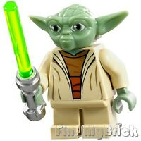 SW111 Lego Star Wars Yoda Minifigure with White Hair AT-RT Clone Wars 75002 NEW