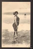 AUX BAINS DE MER (80) BAIGNEUSE DE CAYEUX -sur-MER 1911