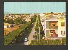 EL ASNAM (ALGERIE) RENAULT R8 & CITROEN 2CV aux RESIDENCES en 1971