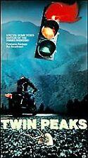 Twin Peaks -  Premiere Episode [VHS]