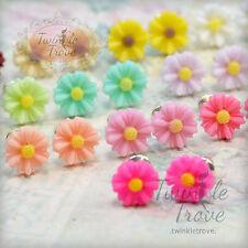 8 Mm Mini Vintage Cute pequeñas Daisy Flor Aretes. Pastel Tono De Color