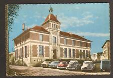 LA VERPILLIERE (38) PEUGEOT 203, 403, 404 ,PANHARD à LA MAIRIE en 1967