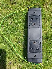 2 VIE SCRIVANIA Modulo di alimentazione con fusibile Socket 2 BANDA ELETTRICA 13A 250V 50Hz 312-7237