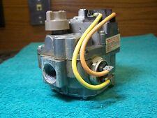 Robertshaw gas valve 7000 ADER-S7B Lennox 24F9701 3B8-501-825