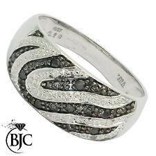 BJC 9 ct Oro blanco blanco y negro Diamante 0,16 kt talla I P Cebra Ondulado