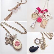 NWT Fashion Jewelry Woman Long Necklace - Paris Photo Frame Leaf Crystal JN100