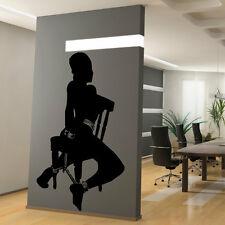 Sticker Mural Femme Nue sur Chaise SM - Glamour - Choix taille et couleur