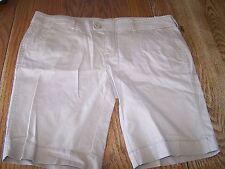 Juniors Arizona Jean Company Bermuda Shorts Size 15 Ladies Womens Tan Bisque