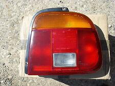 Rückleuchte rechts Suzuki Baleno Limusine mit Lampenträger original
