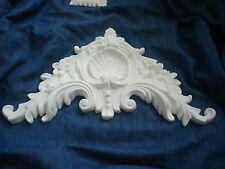 Molto ornata LETTO FRANCESE frontone/stampaggio di colore bianco resina solida